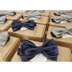 Participação em mais uma história de amor!   Nossas bowties completarão o look dos noivos e os padrinhos!