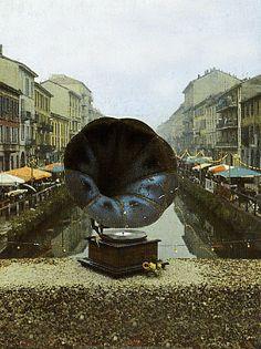 Antik market in Navigli Fleas, Milan, Italy, Marketing, Painting, Art, Art Background, Italia, Painting Art