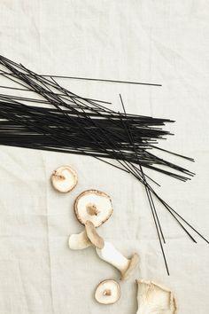 Black Spaghetti with Mushrooms and Parmesan-3