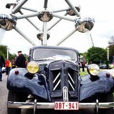 Atomium and antique Citroen