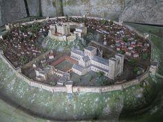Old Sarum (reconstruction) Medieval World, Medieval Town, Medieval Castle, Medieval Fantasy, Fantasy City, Fantasy Castle, Fantasy Map, Chateau Lego, Chateau Medieval