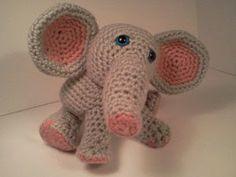 2000 Free Amigurumi Patterns: Crochet pattern