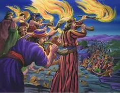 At the moment Gideon blew his trumpet, broke his pitcher and held his torch high, so did the 300 men with him. Spiritual Love, Bible Illustrations, Bible Pictures, Biblical Art, Picture Story, Old Testament, Ancient Art, Holy Spirit, Worship
