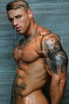 Nasty gay guys in tats showering