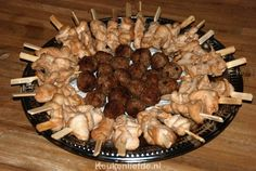 The most delicious birthday snacks - Kitchen ♥ Love - It was my husband& birthday yesterday so snacks were made. Bbq Party, Party Snacks, Birthday Snacks, Mama Recipe, Party Platters, High Tea, Buffet, Food And Drink, Appetizers