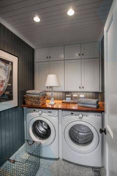 Elegant Laundry Room Design Decor Ideas - Page 16 of 36 Rustic Laundry Rooms, Laundry Room Layouts, Farmhouse Laundry Room, Small Laundry Rooms, Laundry Room Organization, Laundry Room Design, Laundry Nook, Bathroom Cost, Laundry Room Inspiration