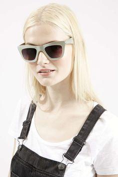 Cruella Cateye Sunglasses