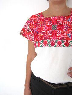 El Bosque Blouse | Pink | Hand Embroidery |  www.chiapasbazaar.com