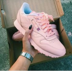 Classics ♡♡♡ Pink Reebok Shoes 7695be030