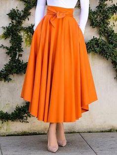 - skirt outfits - Mid-Calf Pleated A-Line Plain High Waist Women's Skirt - Source by lovelytoutfits y faldas Muslim Fashion, Modest Fashion, Hijab Fashion, Fashion Dresses, Fashion 2018, London Fashion, 90s Fashion, Korean Fashion, Boho Fashion