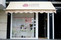 Nuestra boutique de rosas preservadas. Visítanos y personaliza tu diseño