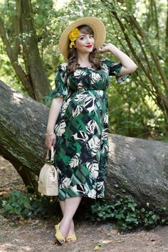 Outfit: summer with the bump Maternity Style, Maternity Dresses, Maternity Fashion, Vintage Inspired Fashion, Vintage Fashion, Wearing Dresses, Slingbacks, My Outfit, Pinup