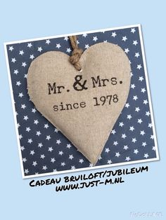 www.just-m.nl cadeau bruiloft huwelijk Ruby Wedding Anniversary, Heart Cushion, Diy Cards, Handmade Cards, Jaba, Wedding Cards, Party Time, Diy And Crafts, Sewing Projects