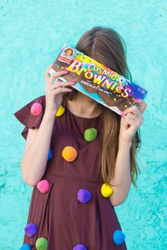 How To Make A Cosmic Brownie Costume | studiodiy.com