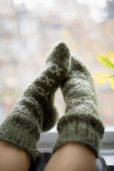 How to Knit Socks for Beginners Using Single Pointed Needles