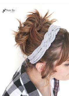 DIY knotted headband - from a tshirt! so simple yet so cute - I want to make a million of these