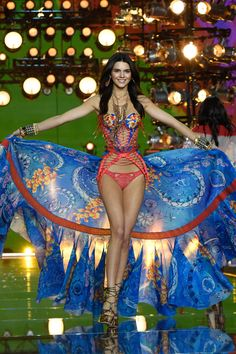 Kendall Jenner at Victoria's Secret Fashion Show - HarpersBAZAAR.com