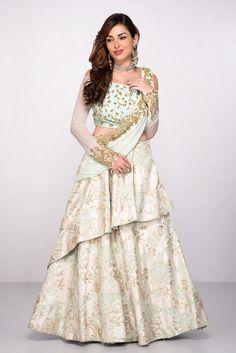 ABHILASHA Mint Green Lehenga Set With Attached Dupatta  #flyrobe #sangeet #lehenga #pastels