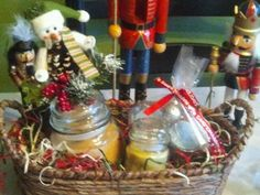 Holiday Gift Baskets- www.candlesbyus.com
