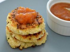 Cauliflower Cheese and Bacon Fritters - Cauliflower Bacon and Cheese Fritters - Cauliflower Fritters, Cauliflower Cheese, Easy Cauliflower Recipes, Pregnancy Cravings, Fit Pregnancy, Thing 1, Savory Snacks, Vegetable Dishes, Vegetable Recipes