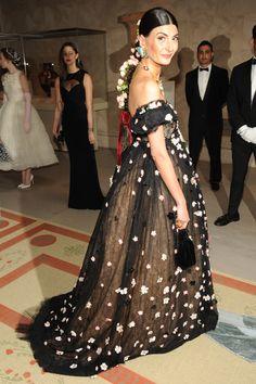 Met Gala 2014: Giovanna Battaglia in Dolce & Gabbana >>