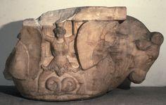 Capitello figurato in marmo, dalla spianata del tempio di Zeus, agorà di Salamina di Cipro (300-250 a.C.)