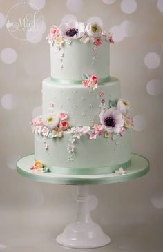 Floral Wedding Cake by Minh Cakes