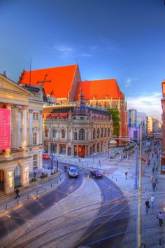Wroclaw, Poland - left side picture: Wrocław Opera House
