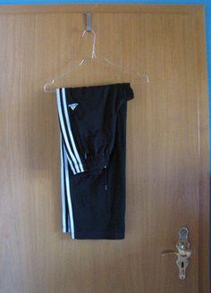 Kaufe meinen Artikel bei #Kleiderkreisel http://www.kleiderkreisel.de/damenmode/sporthose/137398512-oldschool-trainingshose-von-adidas-in-grosse-152