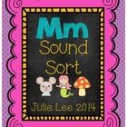 FREE! I made this sort to use when teaching the letter Mm and the beginning /m/ sound. Grab some bags, print and play! Julie Lee...