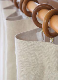 リノヘリンボーン グレー プレーンカーテン フラット ひだ山なし リネンカーテン 厚地 サイズ幅125cm×丈150cm~ ¥10,000(税込)~ #リネンカーテン #自然素材 Straw Bag, Leather, Bags, Jewelry, Fashion, Handbags, Moda, Jewlery, Jewerly