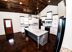 Amazing Oklahoma Barndominium - Pictures, Builder Info, Cost, and More Metal Barn House Plans, Metal Building House Plans, Barn Homes Floor Plans, Steel Building Homes, Metal Barn Homes, Small House Floor Plans, New House Plans, Build House, Building Ideas