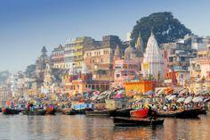 Rive du Gange dans la ville de Varanasi, capitale spirituelle de l'Inde
