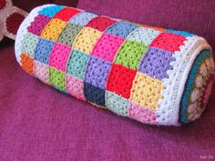 [018%255B9%255D.jpg]...Colorful inspiration for this pillow!! Rows of granny squares and two mandala type circles!