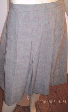 "Isaac Mizrahi Size 12 Lovely Gray Plaid Pleated Skirt ~ Fits 32"" Waist #IsaacMizrahi #Pleated"