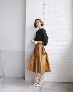 Modest Dresses, Modest Outfits, Modest Fashion, Skirt Fashion, Chic Outfits, Fashion Outfits, Japan Fashion, Daily Fashion, Long Skirt Outfits