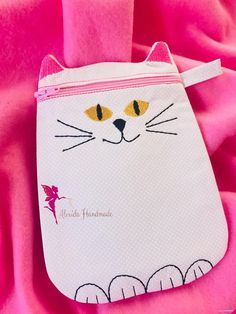 Items similar to Pencil case, Zipper pouch, Teacher gift, Cat lovers gift on Etsy Lovers Gift, Cat Lover Gifts, Cat Lovers, Bag Patterns, Kid Names, Embroidery Thread, Zipper Pouch, Travel Bag, Teacher Gifts