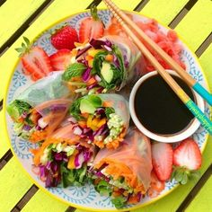must make these for my lunches! Clean Recipes, Raw Food Recipes, Healthy Recipes, Veggie Recipes, Fruit And Veg, The Bikini, C'est Bon, I Love Food, Healthy Eating