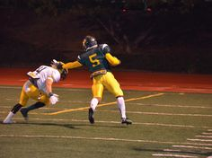 Senior Lavon Donald goes in for one of 2 TDs in Leigh's 33-23 win over Live Oak.