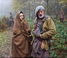 Terry Moore is doing a fantastic job with the Outlander costumes! courtesy of STARZ