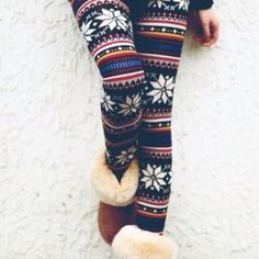 Christmas leggings<3