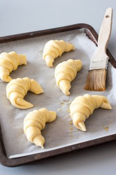 Bake Croissants, My Favorite Food, Favorite Recipes, Butler, Bread And Pastries, But First Coffee, Slow Food, Breakfast For Dinner, Sweet Recipes