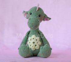 Hey, diesen tollen Etsy-Artikel fand ich bei https://www.etsy.com/de/listing/239298371/crochet-pattern-dragon-julia