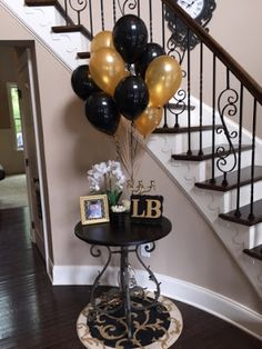 Black and gold bridal shower balloons #bridalshower