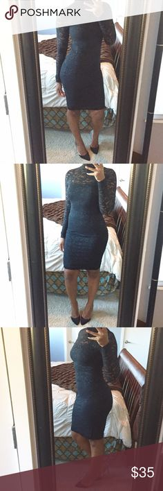 ✨HP✨Lace Body Con Dress!! Sexy all over lace body conscious dress featuring high neck with bottom closure and low open back!! Great for going out! Gently used condition! Moda International Dresses