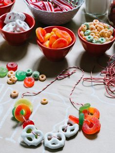 Set Up a Kids' Candy Crafting Table for Christmas - from HGTV.com (http://www.hgtv.com/handmade/set-up-a-kids-candy-crafting-table-for-christmas/pictures/index.html)