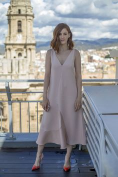 Ana Polvorosa con zapatos de Elisabetta Franchi en el Festival de Málaga 2017