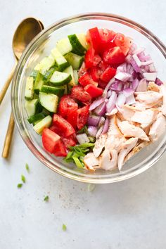 This Salmon Chopped Salad Recipe is quick and easy to make, packed with protein, healthy fats and it's flavoured with lemon vinaigrette.
