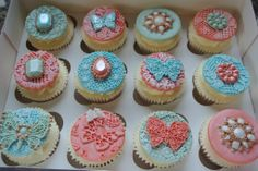 #stunning #cupcakes using our #vintage #brooch #mould and our #butterfly and insect mould. #beautiful #colours #icing #cakedecorating #food http://www.karendaviescakes.co.uk/product/214/Vintage-Brooch-Mould http://www.karendaviescakes.co.uk/product/127/Butterfly-&-Insect-Brooch