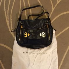 Marc by Marc Jacobs crossbody bag Marc by Marc Jacobs crossbody bag with gold birds. Worn a few times. Comes with dust bag. Marc by Marc Jacobs Bags Crossbody Bags